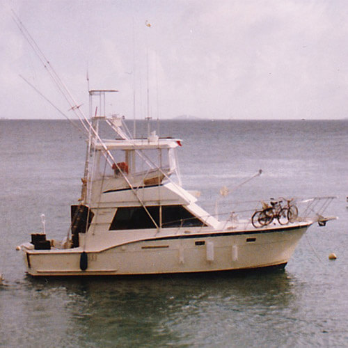 The Original Photo of the 37' Hatteras Monk Mee.
